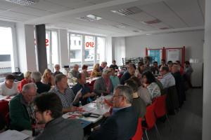 Die Ortsvereinsdelegierten kamen in der SPD-Geschäftsstelle zusammen, um einen neuen Stadtverbandsvorstand zu wählen (alle Fotos: Max Dörflein)