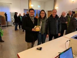 SPD Aschaffenburg unterstützt das Volksbegehren (v.l.: Manuel Michniok, Stadtverbandsvorsitzender; Sophie Peter, Schriftführerin; Walter Roth, Stadtrat)